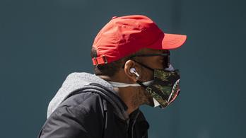 Két maszk viselése hatékonyabb a koronavírus ellen?