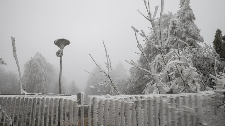 Megjött a sarkvidéki fagy, és még esik is