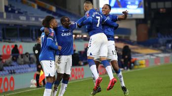 Gólzáporos meccsen verte ki Mourinho csapatát az Everton
