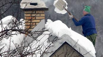 Hó, szél, fagy – ezt kell tudni, ha nem akarja, hogy a vihar elvigye a tetőt a feje fölül
