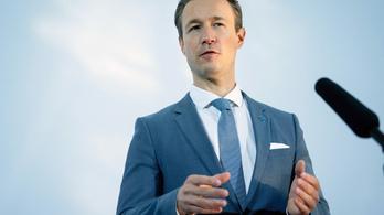 Házkutatást tartottak az osztrák pénzügyminiszternél korrupció gyanúja miatt