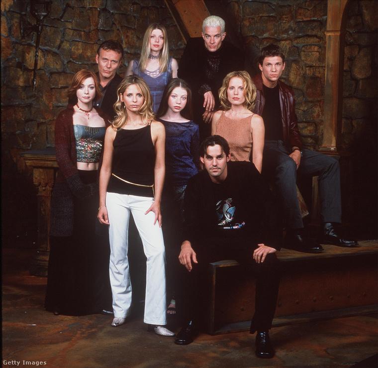 Ennek a képnek a szereplői - a Buffy főbb karakterei - közül eddig csak a férfiak, illetve a bal szélen látható Alyson Hannigan nem nyilatkozott a történtekről