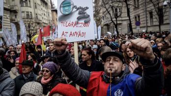 Hazudott a 888, az Origo és a TV2, pert nyert ellenük két aktivista
