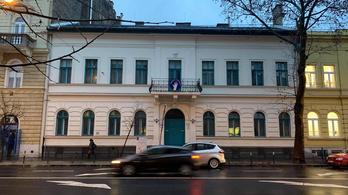 A FreeSZFE egyesület kapta az épületet, kiborultak a zeneiskolások