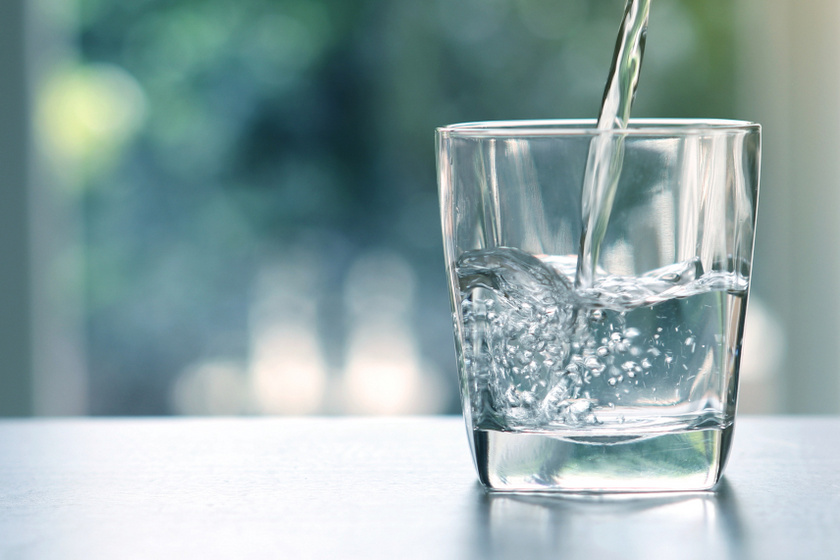 pohár víz belső