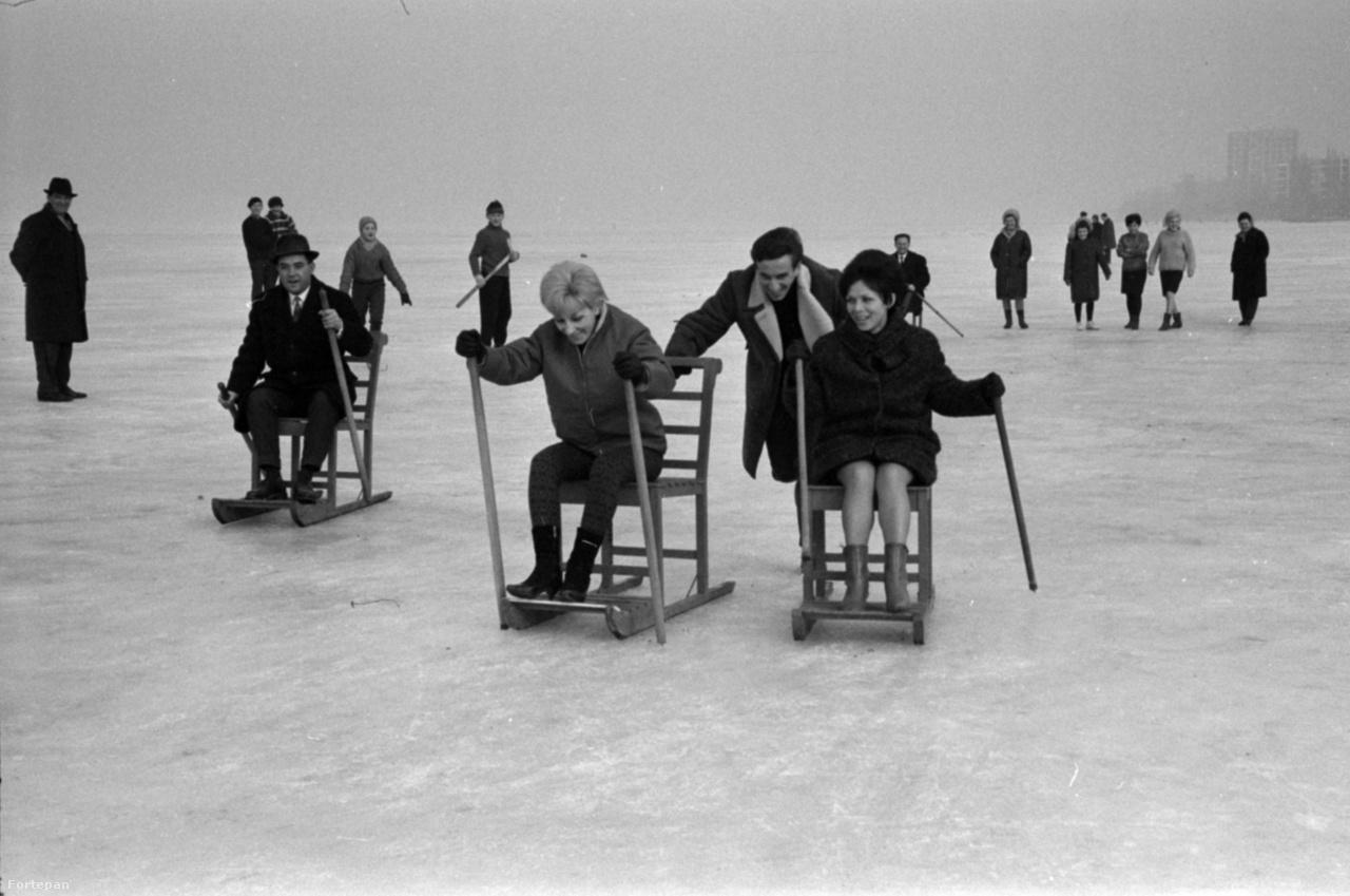 Fakutyázók Balatonfüreden 1967-ben.