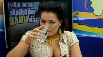 Lányok futtatásával vádolnak egy szélsőjobbos román politikusnőt