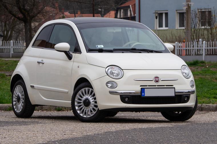 Igazi stílusikon, kortalan forma a Fiat 500