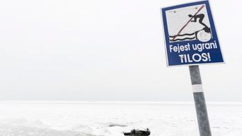 Csak így szabad a Balaton jegére menni, különben életveszélyes