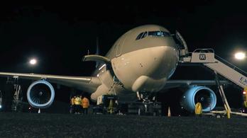 Úton a magyar állam repülőgépe Pekingbe az első vakcinaszállítmányért