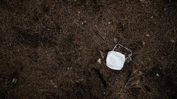 Többtonnányi kidobott, Covid-szennyezett orvosi eszközre bukkantak