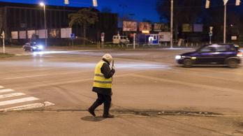 LMP: ne kerüljenek utcára a közmunkások!