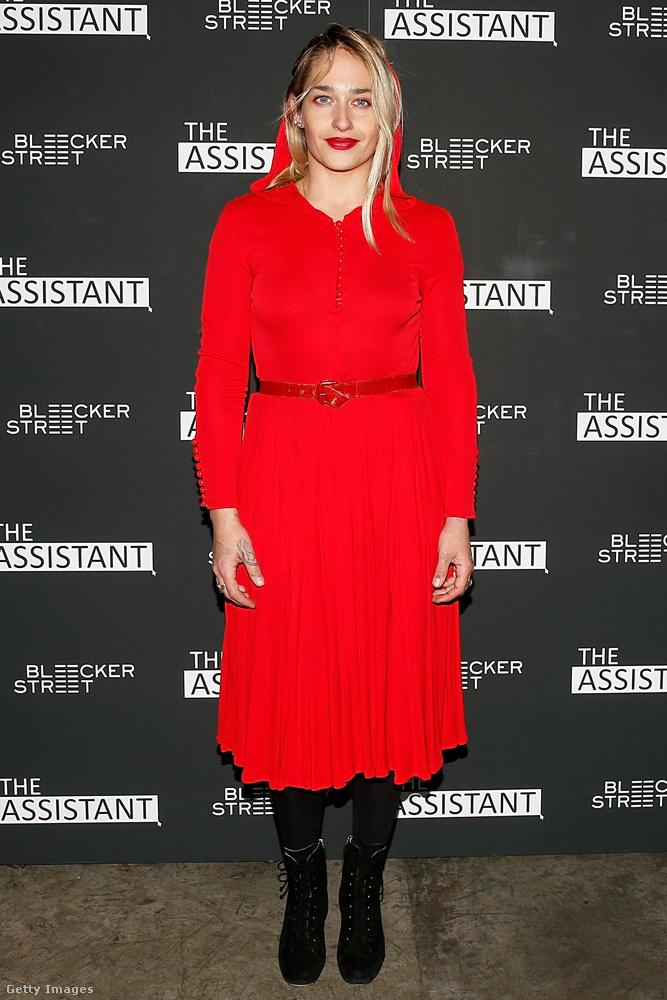 A Page Six azt írja, Jemima Kirke színésznő, akit például a Csajokból ismerhetnek, festőként is ismert, művei tíz-húszezer dollárért kelnek el.