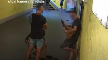 Koldusopera Győrben: utcazenészt raboltak ki a Bicska Maxik