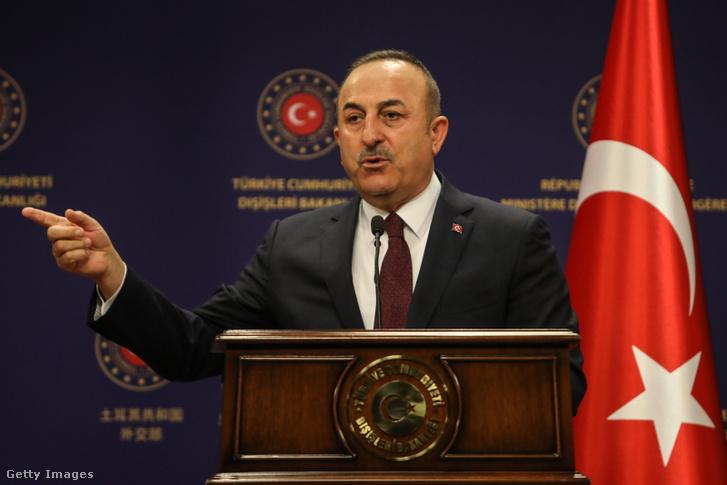 Mevlüt Cavusoglu török külügyminiszter.