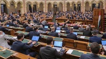 Az Országgyűlés ma tárgyal a veszélyhelyzet meghosszabbításáról