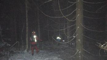 Szakadékba zuhant egy hegymászó a Gyilkos-tónál