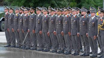 Orgia és szexuális zaklatás az osztrák hadseregben