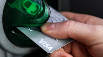 A TikTok és az Instagram még a bankkártyák kinézetére is hatással van