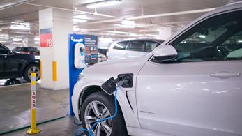 A parkolóházak mumusaivá válhatnak az elektromos autók