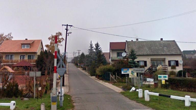 Veszélyben a balatoni falukép, minden építkezést leállítottak