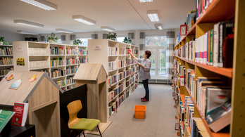 A kisebb könyvkiadók is kongatják a vészharangot