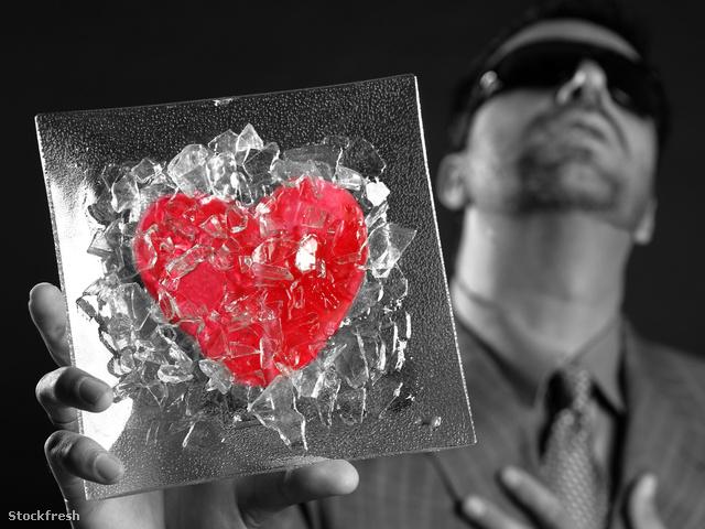 stockfresh 316327 broken-red-glass-heart-businessman-metaphor si