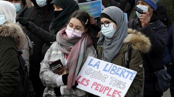 Elfogadták az iszlamizmus elleni törvényt Franciaországban