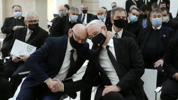 Balog Zoltán: a gyülekezetek nyissák ki a templomokat