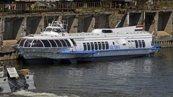 Dunai hajózás: nem lehet egyszerre megfelelni a nemzetközi egyezményeknek és az uniós előírásoknak