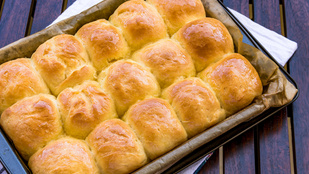 Sütőporral is készíthetsz teljes kiőrlésű zsemléket, mutatunk egy gyors receptet