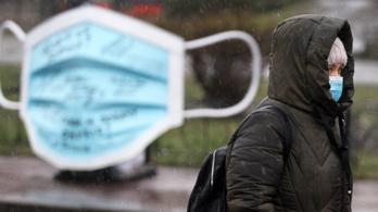 Kétezernél több koronás beteget vittek kórházba Ukrajnában