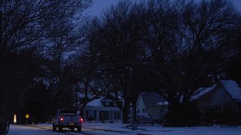 Hóvihar, jégeső, tornádó Amerikában: három és félmillióan áram nélkül maradtak