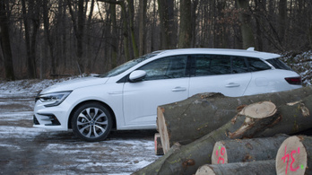 Teszt: Renault Mégane Grandtour E-tech PHEV – 2021.