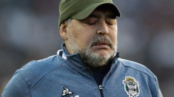 Maradona sörébe tették az altatókat, az arca felismerhetetlen volt