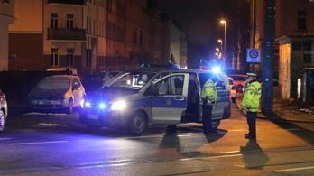 Több száz rendőr és kommandós razziázott Berlinben