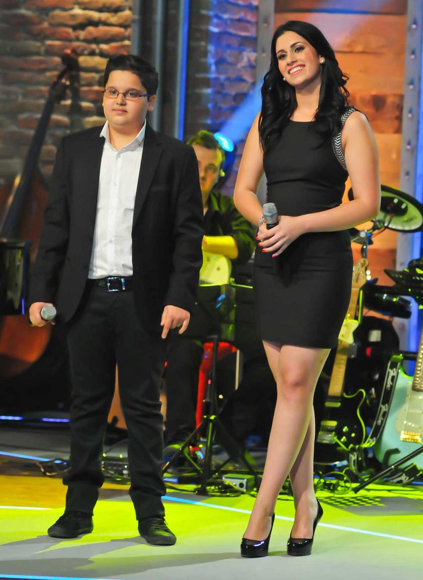 Az ének iskolája döntőjében az akkor 17 éves Radics Gigivel.