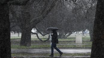 Megjött a téli tavasz, de az esernyő ne maradjon otthon