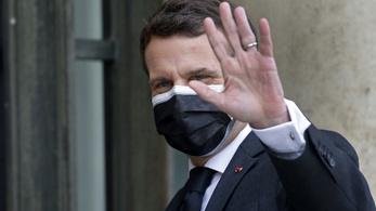 A szegényebb országoknak küldene vakcinát Franciaország