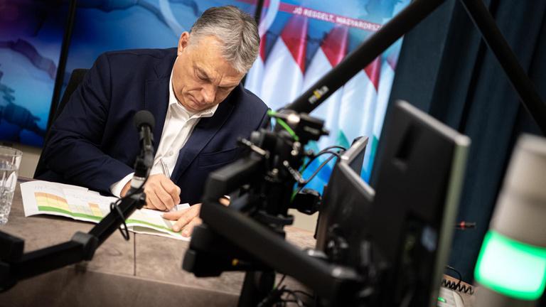 Orbán Viktor: Mindannyian Müller Cecília kezében vagyunk