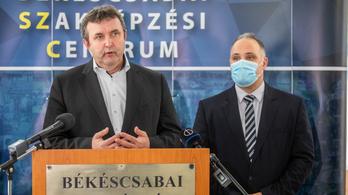 Palkovics: Békéscsaba és Gyula lehet a repülőgépipar központja