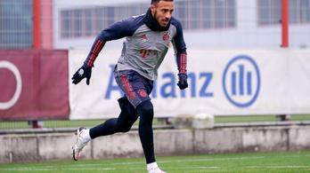 Súlyosan megsérült, fél évet is kihagyhat a Bayern világbajnoka