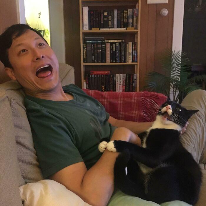 """""""A barátom és a macskám között különleges kötelék van. Harmadik keréknek érzem magam."""""""