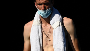 Indokolatlanul attraktív fotók készültek Danyiil Medvegyevről az Australian Openen