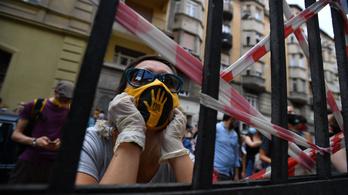 Százegy nap után véget ért az SZFE diákjainak és oktatóinak a sztrájkja
