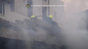 Videó: hatalmas lángokkal égett ki a raktárépület Budafokon