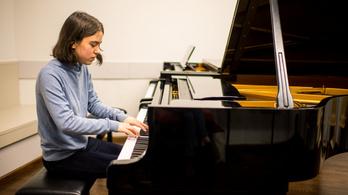 Rozsonits Ildikó: Szeretnék a legnagyobb zongoristák között lenni