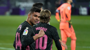 Casemiro a topligák feje, kapaszkodik a Real Madrid