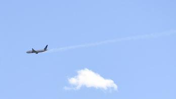 Nem először robbant fel a Boeing 777 hajtóműve