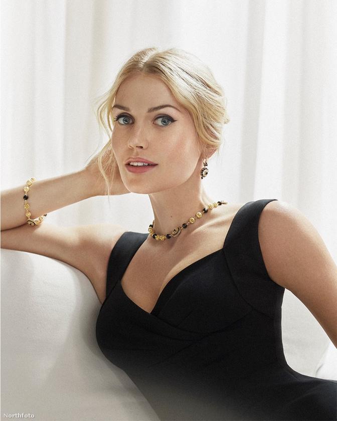 Mielőtt azonban rátérnénk Spencer családi hátterére, eláruljuk,hogy a 30 éves nő foglalkozását tekintve modell, az eddig látott két kép pedig a Dolce and Gabbana egyik legújabb kampányfotózásából származnak